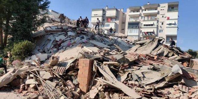 Произошло землетрясение силой 6,6 баллов в Измире